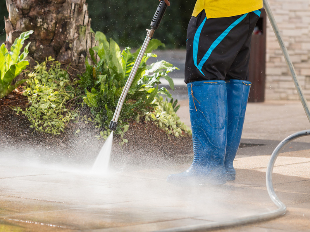 Blast Off Dirt and Grime From Your Home